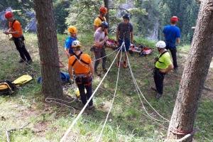 Príprava na spust pacienta a dvoch záchranárov