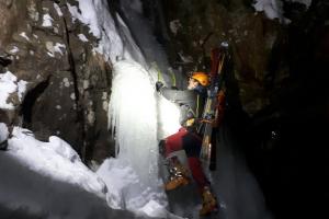 Lezenie ľadov, ferrata HZS