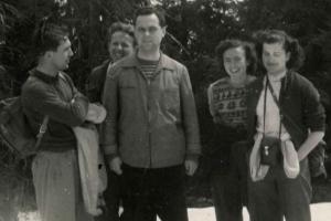 MUDr. Adrián Mišík (v strede), ved. okrsku Martin od r. 1957